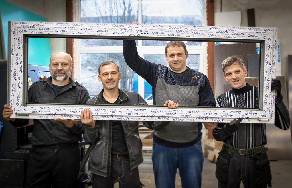 """SIA """"DL Konstrukcijas"""" Jēkabpilī atver logu un durvju ražotni"""